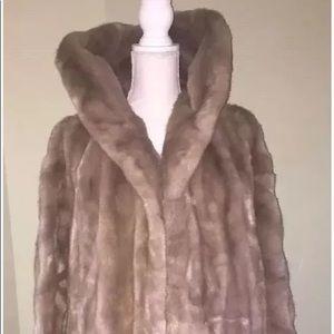 Lykafur fuax fur